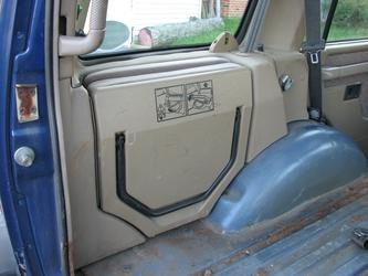 Folded Jump Seat (Left)