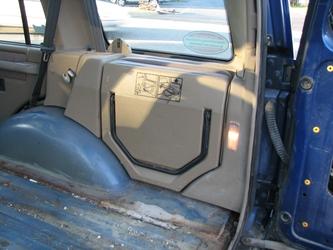 Folded Jump Seat (Right)