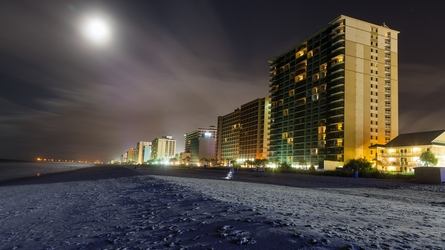 Moonlit Resorts