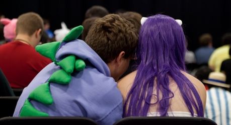 Spike Loves Rarity
