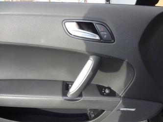 Audi TT Dealer Photo 27