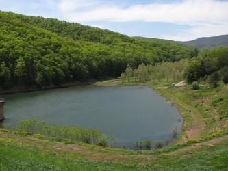 Hone Quarry Lake