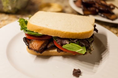 Quarter-Pounder BLT