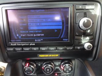 Audi TT Dealer Photo 36